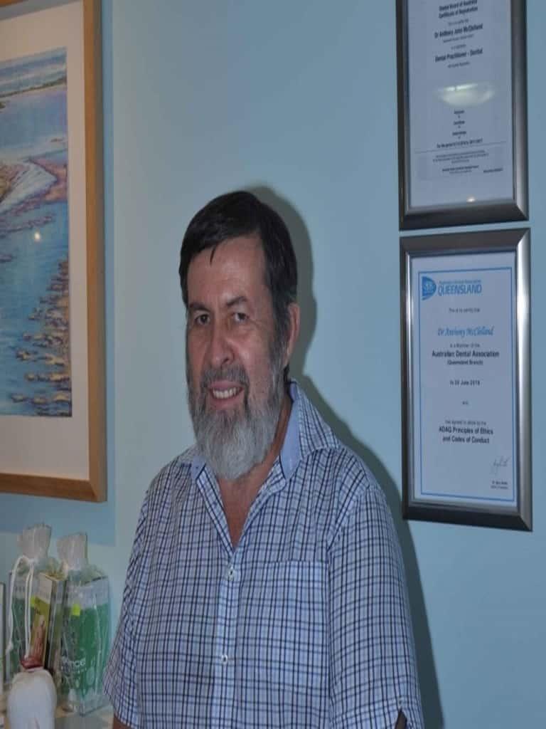 Dr Tony Mcclelland